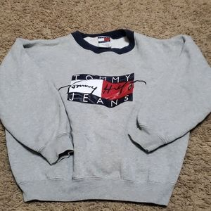 MINT CONDITION Tommy Hilfiger boys sweatshirt